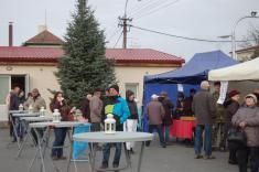 Adventní jarmark, rozsvícení vánočního stromu, markvartovický punč a mikulášská nadílka 30. 11. 2018