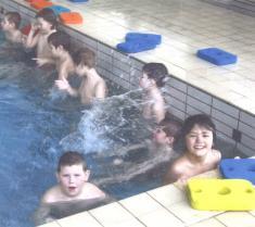 Plavecký výcvik vkrytém bazénu vOpavě